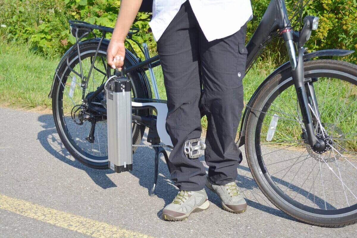 E-Bike Akku laden – 10 Tipps für die richtige Ladung